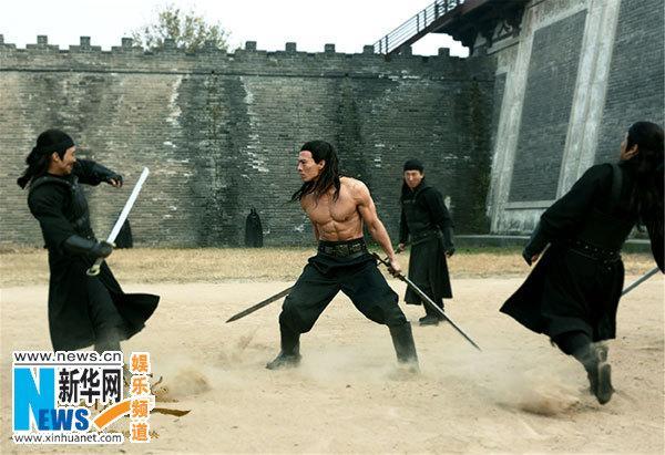 """肌肉男神""""安志杰参演《绝命逃亡》"""
