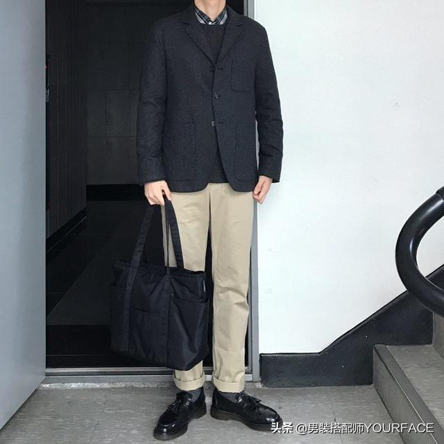 亚洲男生独特的搭配技巧,学学这位小哥的搭配,瞬间变帅气