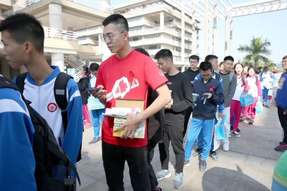 广东最新艾滋疫情概况——整体处于低流行水平,男男同性、老年病例比例增高